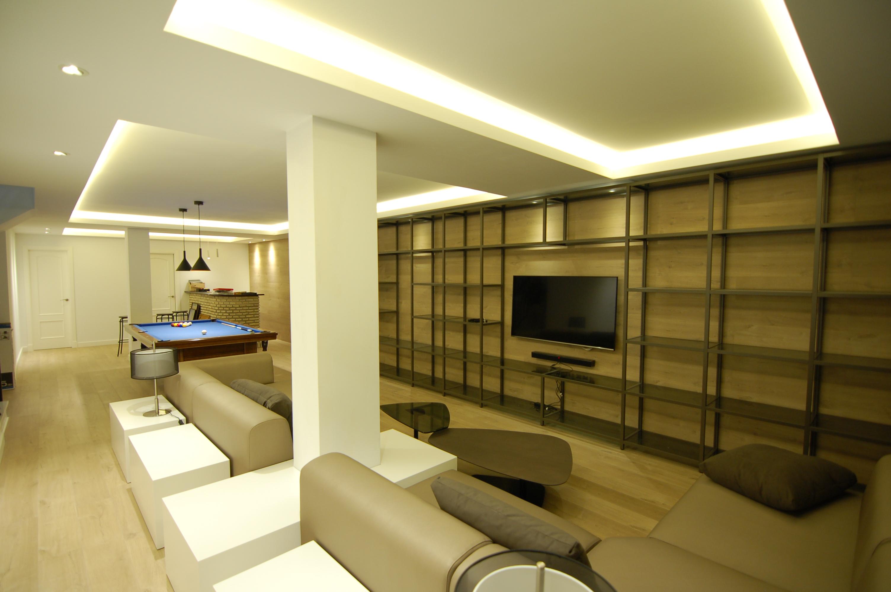 Decoracion integral espacio de sotano diseno de - Diseno interiores sevilla ...